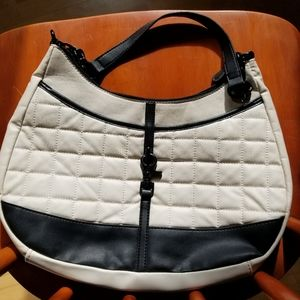 Attention Purse in Cream & Black